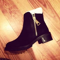 schuh Philosophy black and gold zip ankle boots  @ailishoc
