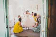 15 Must-Have Wedding Photos