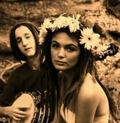 Hippie love- Woodstock -- Epic Rights along with Perryscope Represents Woodstock for Branding and Licensing