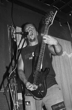 """Biipiigwan live @ Bar l'Absynthe, Montréal, 16/06/2012. Black and white film photography by François Carl Duguay. Order a 16"""" x 20"""" silverprint over at www.laligneaharde.com """"$40"""""""