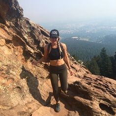 Happiness ☺️ Grateful for all the amazing people that I randomly met on my solo hikes and for the 143 people that took pictures of me (posing solo is hard). Loving life and diggin me some Colorado. #codewordhats Cute Hiking Outfit, Summer Hiking Outfit, Camping Outfits For Women Summer, Winter Hiking Boots, Climbing Outfits, Hiking Training, Casual Skirt Outfits, Go Camping, Ladies Dress Design