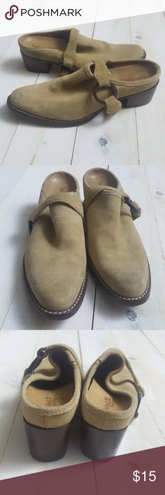 """Timberland Leather Slip Ons Comfort Shoes 6.5 Size 6.5 - 3.75"""" at widest point. Timberland Shoes Sneakers"""