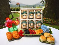Dillard House Variety Box