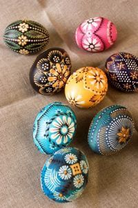 pisanki dyed n waxed eggs. Rock Crafts, Arts And Crafts, Polish Easter, Carved Eggs, Egg Tree, Easter Egg Designs, Happy Easter Everyone, Ukrainian Easter Eggs, Easter Egg Crafts