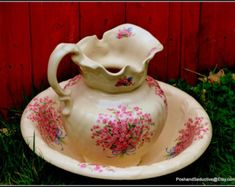 Victorian style porcelain large pitcher and bowl with pink forget-me-not flowers rich pattern by PoshandSeductive on Etsy Victorian Bowls, Etsy Handmade, Handmade Gifts, Unique Gifts, Victorian Fashion, Decorative Items, Vintage Items, Etsy Vintage, Pottery
