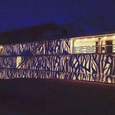 Desde un efecto estético hasta uno funcional.     #FachadasVentiladas #Arquitectura #Architecture #Arquitectos #Building #ArchitecturePhotography #Design #PhotoOfTheDay #Fachadas #Edificios #ArchiLovers #ArchitecturePorn #ArquitectosMexicanos  #DualSkin #Urbanismo #Sustainability #Sustentable #Facade #ArchitectureLovers #DiseñoArquitectonico #ArchiPorn #ExteriorDesign #ArquitectureLovers #CurtainWall #Cladding #Facades #Exteriors #Aluminum #MetalPanels   WWW.GRUPOBASICA.COM  Contáctanos para…