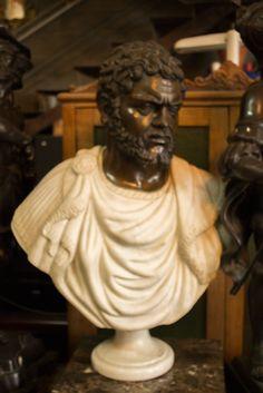 Busto emperador Marco Aurelio Escultura de bronce y marmol con peana. http://depostvent.mabisy.com/busto-emperador-marco-aurelio_p760395.htm