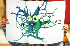 These blow paint monsters are genuinely amazing. I love this idea./you can make this creative art by letting them do any color and any items to create the faces Theme Halloween, Halloween Crafts, Kindergarten Art, Preschool Crafts, Projects For Kids, Crafts For Kids, Blow Paint, Classe D'art, Monster Art