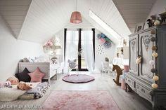 Pokój dziewczynki w stylu skandynawskim
