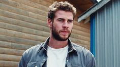 Liam Hemsworth Peru
