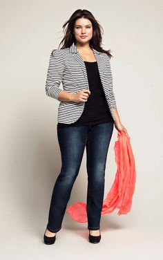 I want a blazer like this, i don't love stripes but it might be ok on an open blazer since the undershirt breaks it up...