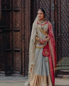 Everything You Need To Know About Bridal Dupattas! A Full Guide On Everything You Need To Know About Bridal Dupattas. For more such bridal wear inspirations, visit shaadiwish. Indian Bridal Outfits, Indian Designer Outfits, Bridal Dresses, Wedding Outfits, Couture Dresses, Wedding Attire, Sister Of The Groom, Bridal Dupatta, Indian Look