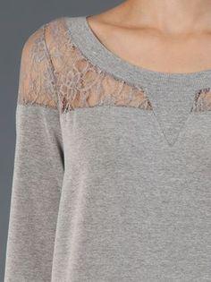 Fillity Blusa Cinza Com Renda. - Fillity - Farfetch.com Diy Shirt, Lace Sweatshirt, Sweatshirt Refashion, Hoodie, Remake Clothes, Old Clothes, Sewing Clothes, Refashioning, Lace Insert