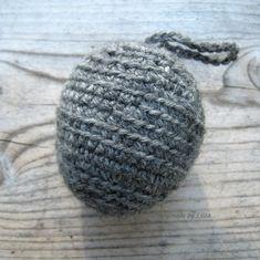 Virkattu ampiaispesä, crocheted wasp's nest – HandmadebyLiisa Fake Wasp Nest, Birthday Wishes, Knitted Hats, Knit Crochet, Diy And Crafts, Knitting, Balcony Plants, Bees, Wishes For Birthday