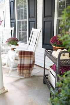 fall decor ideas for the porch outdoor spaces Create a cozy fall porch using plum and red mums with gold lanterns and floral toss pillows. This post is sponsored by Better Homes & Gardens at Walmart. Modern Outdoor Sofas, Outdoor Rooms, Outdoor Chairs, Outdoor Furniture Sets, Outdoor Decor, Outdoor Living, Outdoor Ideas, Backyard Ideas, Fall Home Decor