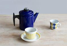 yellow stripe pattern retro Finnish coffee cup & saucer by Arabia Finland. Small Pehtoori Coffee pot (enamel) by Antti Nurmesniemi, made by Finel.