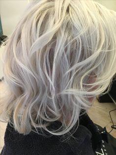 Platinum blonde , Salon Tournier