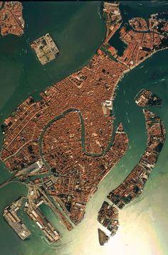 #Venice - #Italy http://en.directrooms.com/hotels/subregion/2-31-182/