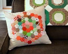 I wanna start making pillows! I need a sewing machine!