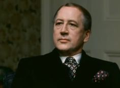 Bernard Hepton as Toby Esterhase - Tinker Tailor Soldier Spy BBC TV series Tie and pocket square - coordinated but NOT matching. George Smiley, Tinker Tailor Soldier Spy, Bbc Tv Series, Tie And Pocket Square, Rest In Peace, Commonwealth, Irish, Hollywood, Memories