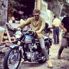Steve McQueen on his Triumph Bonneville