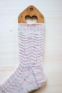 Ravelry: Snowfall Socks pattern by Tabitha Gandee