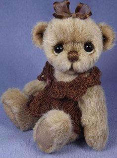 ANISSA by By VALEWOOD BEARS   Bear Pile