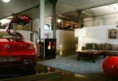 Mercedes SLS im Loft LOEBELL Architects - Architekt Wien - Kärnten