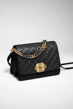 Flap bag, lambskin, ruthenium-tone & gold-tone metal-black - CHANEL