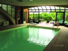 Piscine intérieure - construction #piscine - idée détente