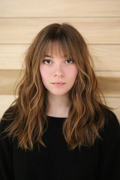 20 Wispy Bangs to completely redesign any hairstyle - Long Wavy Hairstyle . - 20 Wispy Bangs to completely redesign any hairstyle – Long wavy hairstyle with straight bangs … - Medium Hair Cuts, Medium Hair Styles, Short Hair Styles, Medium Cut, Bangs With Medium Hair, Textured Bangs, Oval Face Hairstyles, Straight Hairstyles, Shaved Hairstyles
