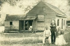Overseer and sharecroppers, Knoxville, 1910