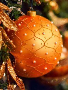 Noel Christmas, Christmas Colors, Vintage Christmas, Christmas Bulbs, Christmas Decorations, Xmas, Holiday Decor, Winter Christmas, Orange You Glad