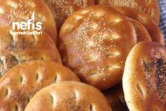 Gömeç (Kahvaltı Ekmeği) Tarifi Pizza Pastry, Breakfast Items, Turkish Recipes, Bread Baking, Baked Goods, Bread Recipes, Food To Make, Bakery, Food And Drink