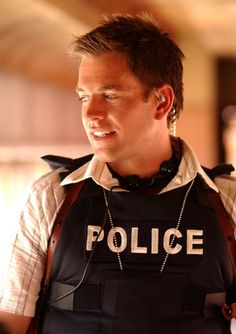 Okay... not One Direction, but Tony DiNozzo is a babe!