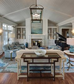 East Hamptons Inspired Home Renovation - Home Bunch - An Interior Design & Luxury Homes Blog