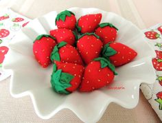 10 Felt Big Strawberries Embroidered with Beads Felt by decocarin
