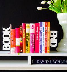 15 Creative and Modern Bookends Design Modern Bookends, Bookends Diy, Book Organization, Organizing, Book Nooks, I Love Books, Read Books, Metallic Paint, Bookshelves