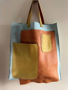 Trendy Sewing Bags Leather Purse Patterns 61 Ideas Source by Bags leather Cheap Purses, Cheap Handbags, Luxury Handbags, Tote Handbags, Purses And Handbags, Small Purses, Cheap Bags, Luxury Purses, Wholesale Handbags