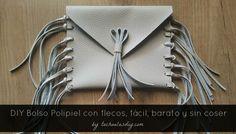 Nuevo tutorial en FOTOS Y VÍDEO solo en el blog: #DIY Cómo hacer un bolso con #flecos a mano, fácil,barato,sin coser y a la MODA.  http://www.tachuelasdiy.com/2015/04/diy-bolso-piel-flecos-facil-barato-sin-coser.html