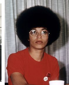Angela Davis - the worlds most kickass woman and one of my idols (look at that fro) Angela Davis, Black Panther Party, Black Power, Black Panthers Movement, Hot Girls, Black Girl Aesthetic, Black Indians, Vintage Black Glamour, Black History Facts