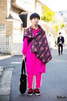 20-year-old Ryuma on the street in Harajuku...   Tokyo Fashion