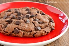 Double Chocolate Cookie Recipe - the chocolate cookie recipe of my dreams!