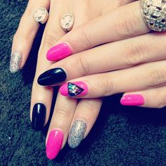 Can never go wrong with pink, black and silver nails.