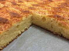 Liian hyvää: Muhkea omenapiirakka My Favorite Food, Favorite Recipes, Sweet Pastries, Sweet Pie, No Bake Desserts, Cornbread, Banana Bread, Deserts, Food Porn