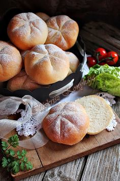 elfogytak. Hungarian Recipes, Hungarian Food, Our Daily Bread, Bread And Pastries, Bread Rolls, Bread Baking, Food Styling, Baked Goods, Cake Recipes