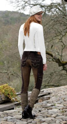 Goode Rider makes the cutest breeches.