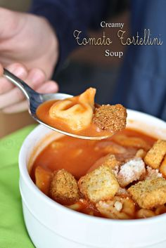 Creamy Tomato Tortellini Soup is so delicious when you want comfort food on a cold day. Add some croutons & you have a heart soup that makes a great dinner idea. Slow Cooker Recipes, Crockpot Recipes, Soup Recipes, Cooking Recipes, Yummy Recipes, Slow Cooking, Yummy Yummy, Delish, Yummy Food