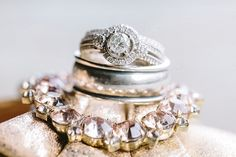 Classic Glam Engagement Ring | JoPhoto on @mtnsidebride