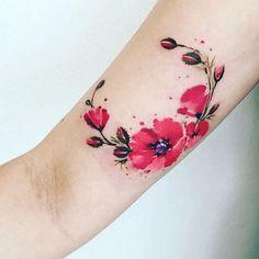 Tatouage coquelicot interieur du bras couleurs